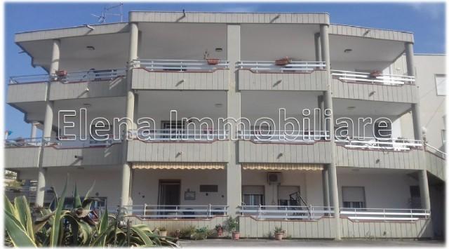 AV396 Appartamento piano terra con veranda, Alcamo Marina.